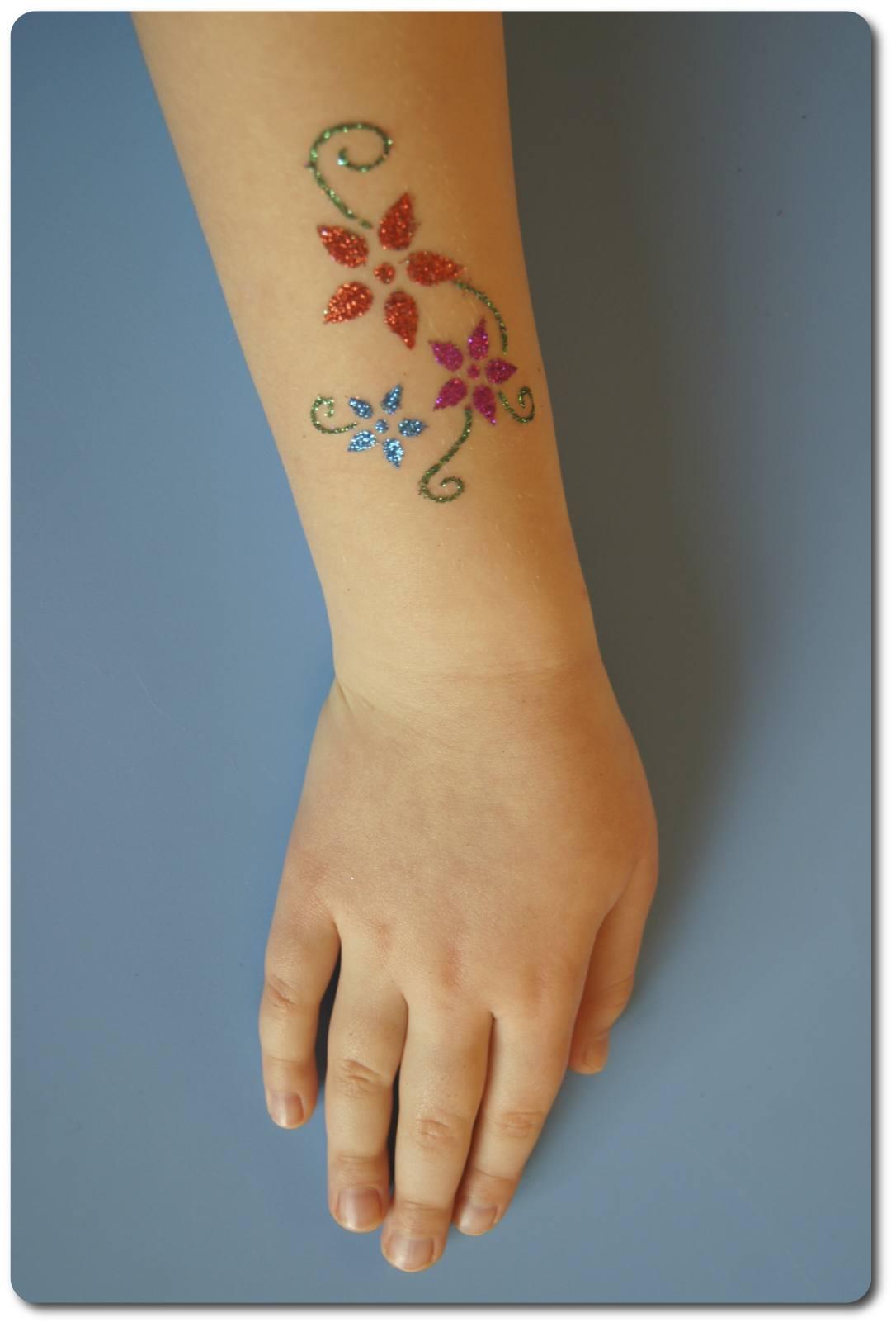 Jak Zrobić Tatuaż Brokatowy Urodziny Marzeń Imprezy Dla